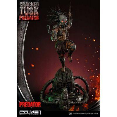 Predator statuette Cracked Tusk Predator 101 cm (Regular)