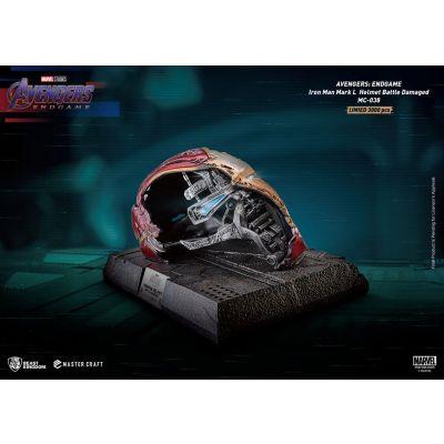Avengers Endgame statuette Master Craft Iron Man Mark50 Helmet Battle Damaged 22 cm
